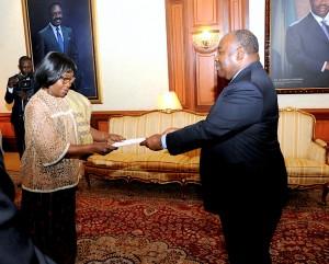 Ambassadeur de Sao Tomé S.E. Mme Elisa Pereira AFONSO DE BARROS