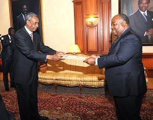 Ambassadeur du Tchad S.E. Ahmat MAHAMAT KARAMBAL