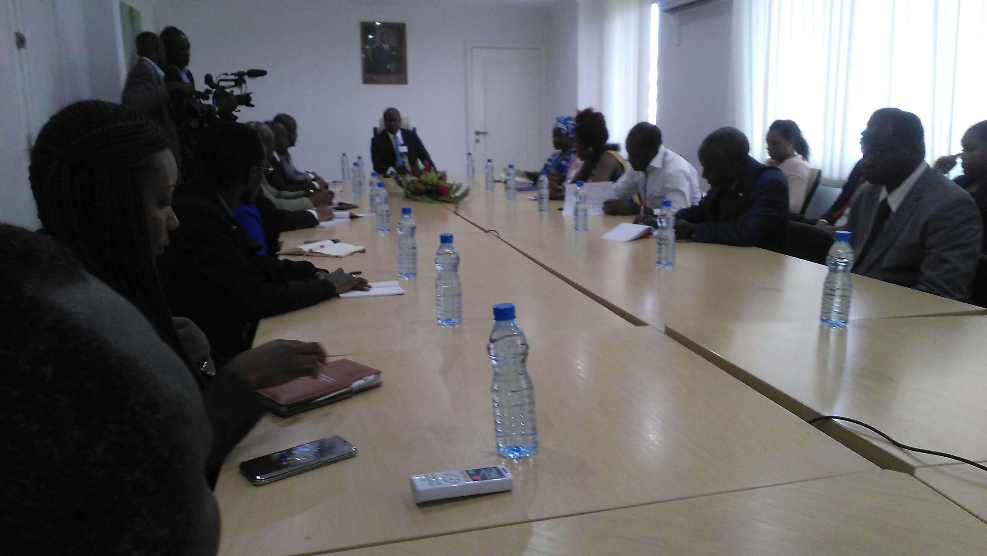 Alain Claude Bilie Bi Nze reçoit les Tradipraticiens du Gabon!