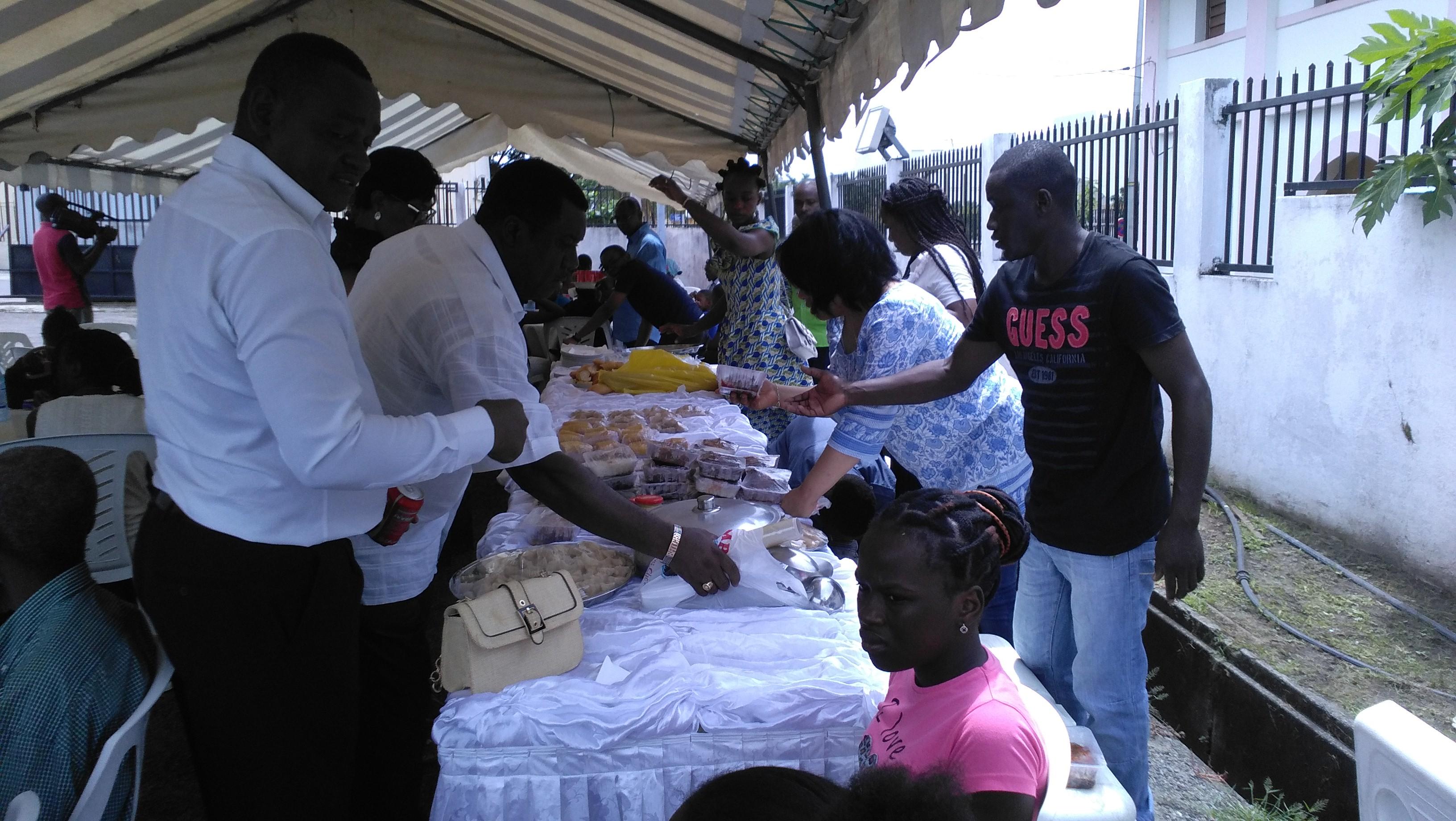 Journée mondiale de la pauvreté à Libreville : l'église saint pierre dans la danse !
