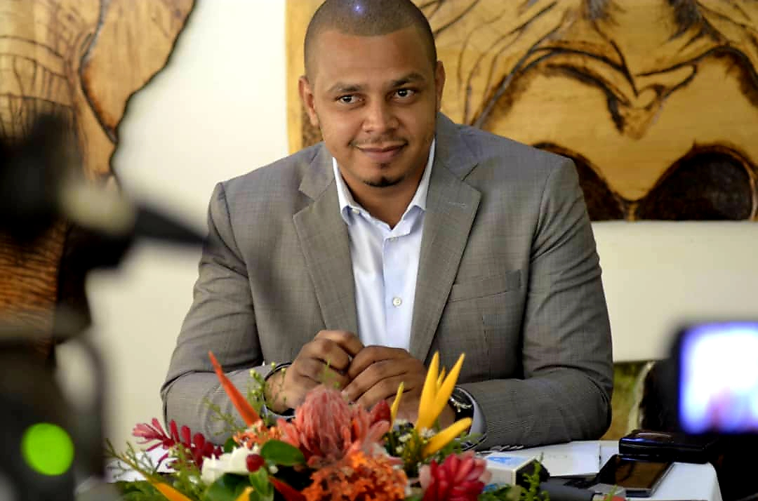 Honorable Alexandre Awassi: Ali Bongo Ondimba remplit les devoirs de sa charge avec la même opiniâtreté!
