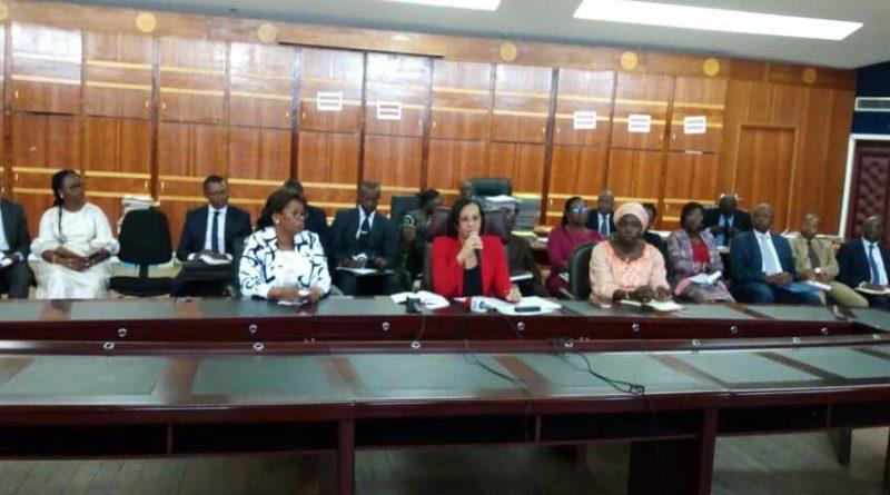 Fonction Publique: réunion entre syndicats et le ministre!