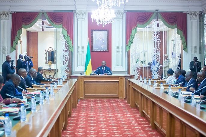 Ali Bongo a présidé le Conseil supérieur de la magistrature!