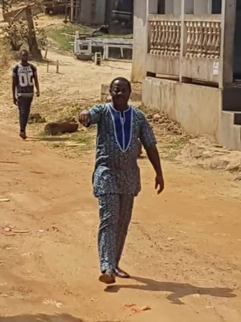 Daniel Nkoulou Abessolo lance les travaux d'aménagement de la route de Ze é Bere Nkum!