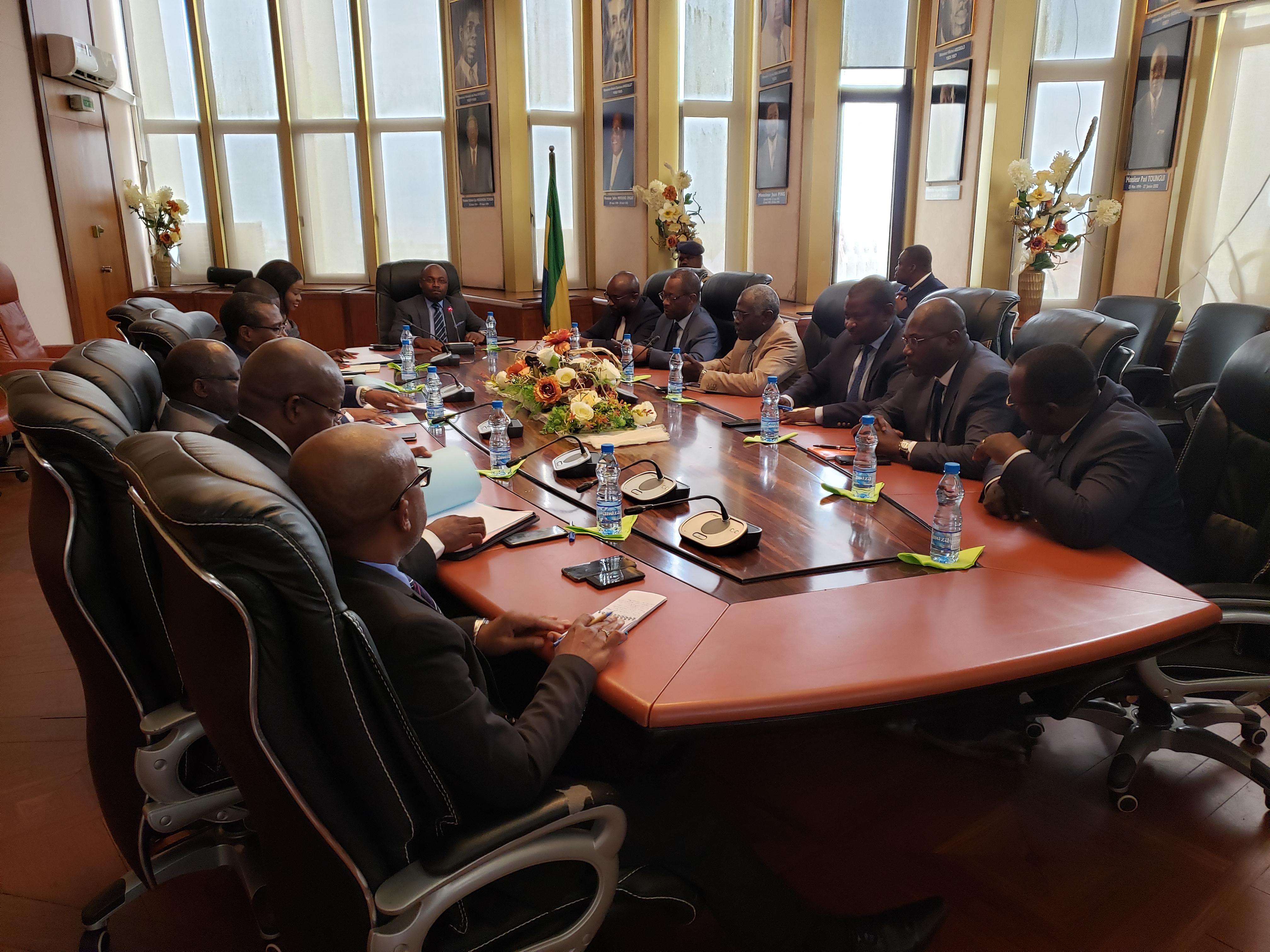 Mise au Point sur la situation et le fonctionnement de la SGEPP entre Ludwine Oyini Amoni et Noël Mboumba !