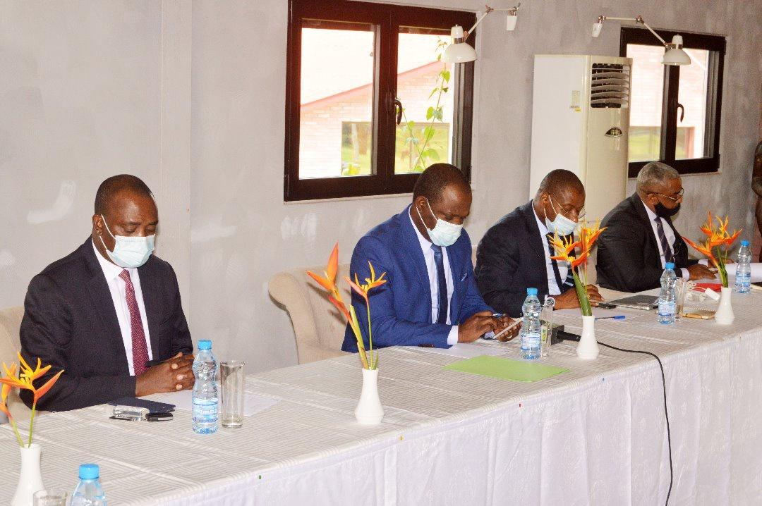 Hugues Mbadinga Madiya réconforte les opérateurs économiques !