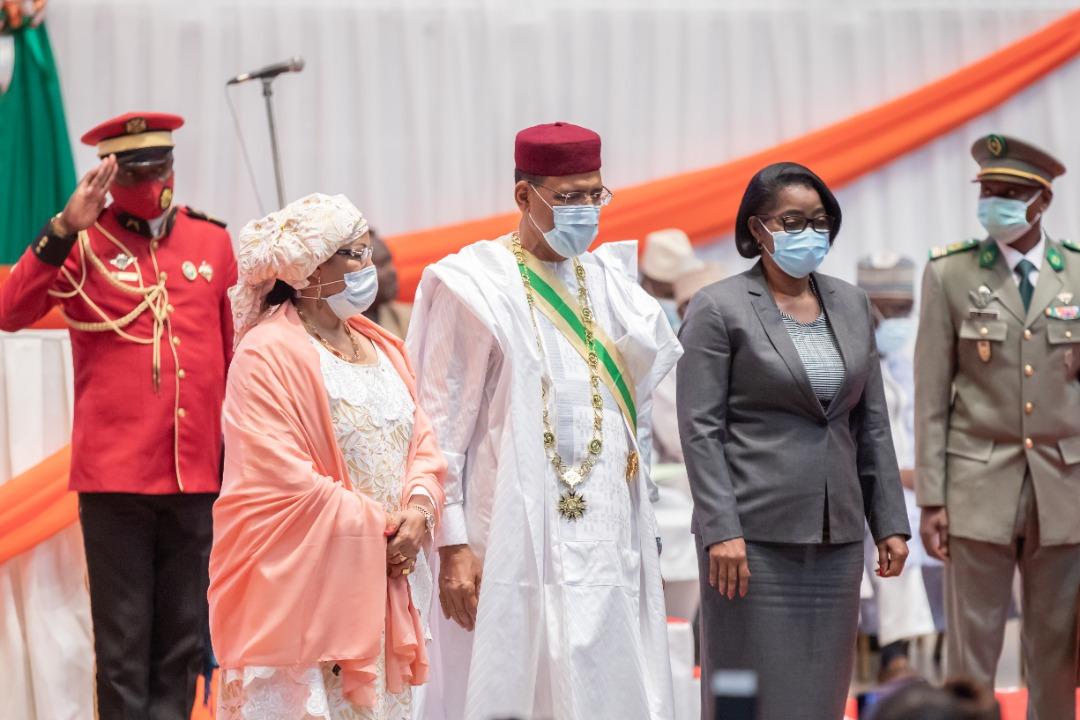 Gabon – Niger: Ossouka Raponda présente à l'investiture de Mohamed Bazoum
