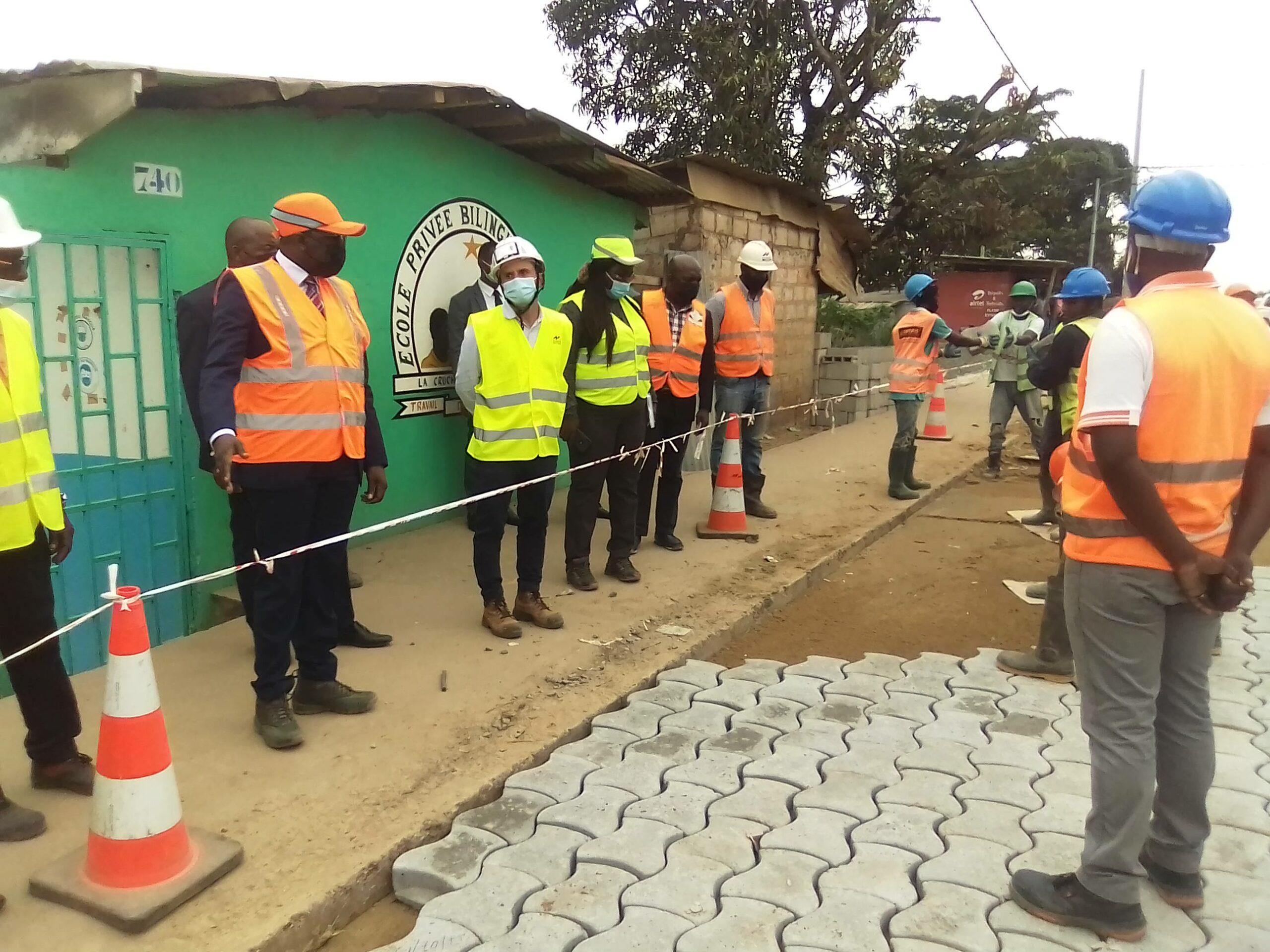 Gabon: Léon Armel Bounda Balonzi en visite d'inspection des travaux de voiries urbaines de Libreville et Owendo
