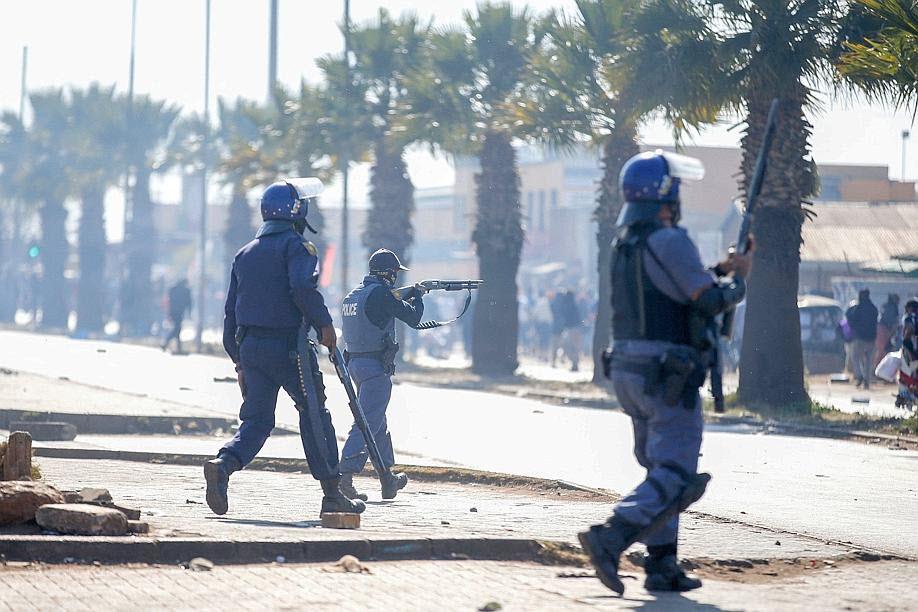 L'armée déployée en Afrique du Sud après des pillages et la mort de plusieurs personnes