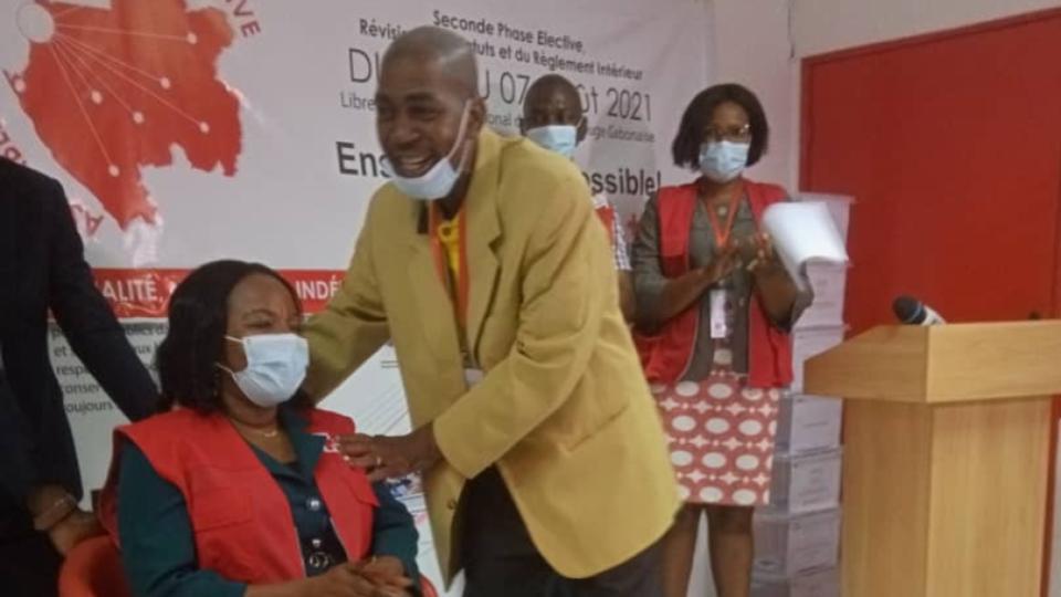 Gabon : l'élection du Dr Véronique Tsakoura à la tête de la Croix Rouge invalidée pour irrégularités