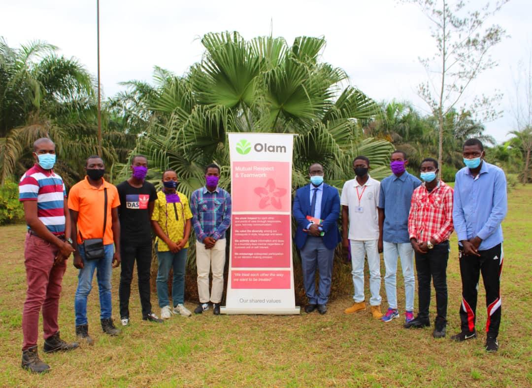 Fin de stage de découverte pour les élèves du Lycée Technique Agricole de Lebamba à Olam palm Gabon !