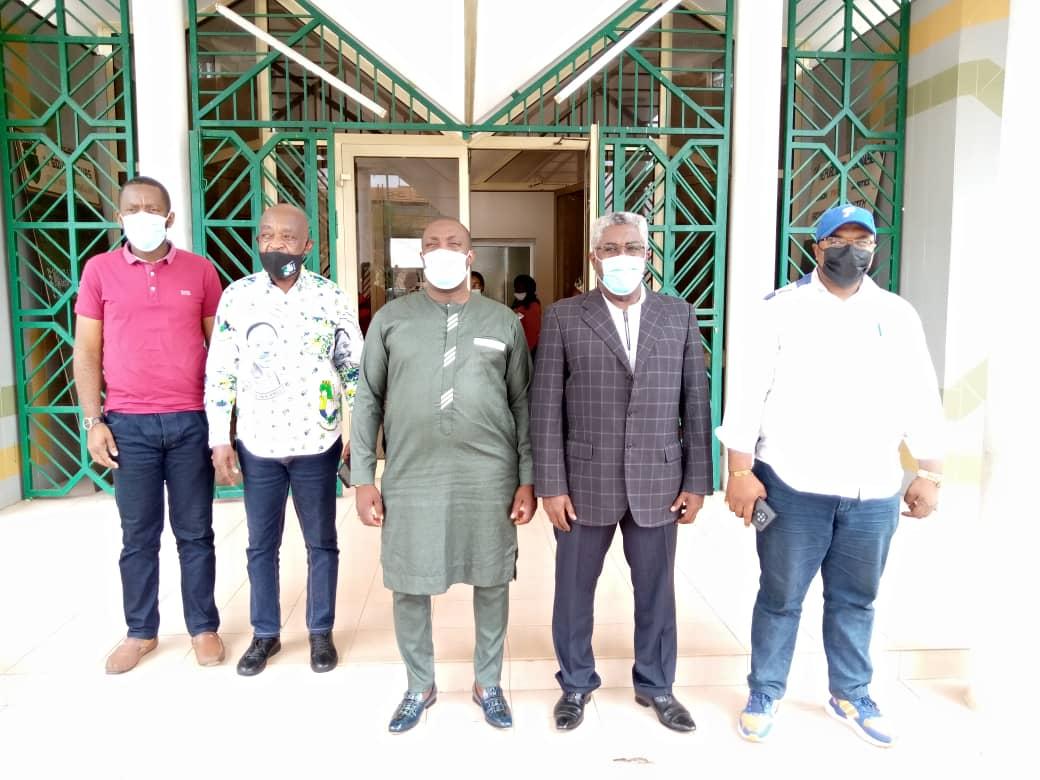 Oyem: Le Dr. Christel Donald ABESSOLO porte assistance au Gouvernorat