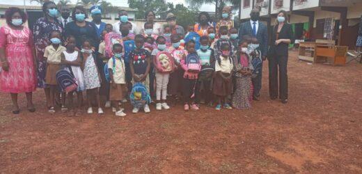 Éducation : Setrag offre 1164 kits scolaires aux élèves à Akournam I